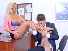 Blonde chick uses the boring office day to get the hard penetration